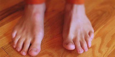 barefoot presenter